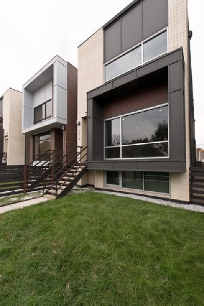 Chicago Single Family Home Re-Activated: 2418 West Addison Street