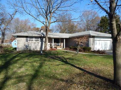 Batavia Single Family Home For Sale: 805 North Avenue