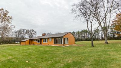 Barrington Single Family Home New: 8 Woodcreek Road