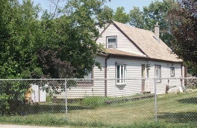 Single Family Home New: 9953 Melvina Avenue