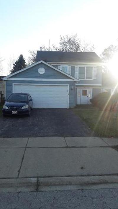Glendale Heights Single Family Home For Sale: 39 Dennison Drive