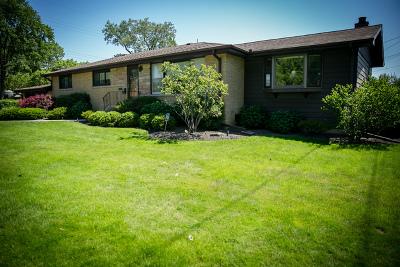 Skokie Single Family Home For Sale: 9151 Karlov Avenue