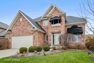 Aurora Single Family Home For Sale: 2281 Sutton Lane