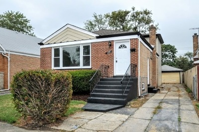 Calumet Park Single Family Home For Sale: 12721 South Carpenter Street