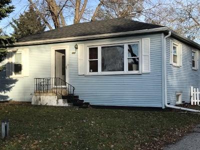 Elmhurst Single Family Home For Sale: 657 North Van Auken Street