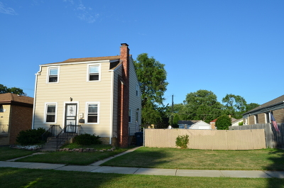 Evergreen Park Single Family Home For Sale: 9619 South Albany Avenue