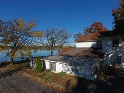 Fox Lake Single Family Home For Sale: 16 North Pistakee Lake Road