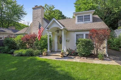 Lake Forest Single Family Home For Sale: 720 Highview Terrace