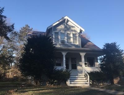 Crystal Lake Single Family Home For Sale: 180 Glen Avenue