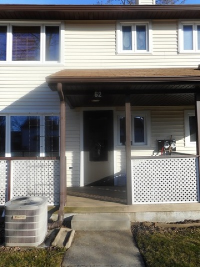 Park Forest Condo/Townhouse Contingent: 62 Forest Boulevard