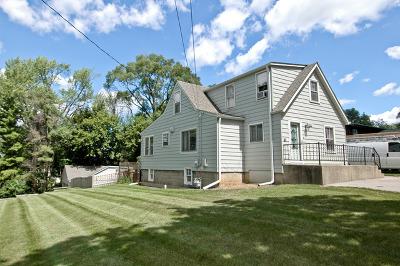 Island Lake Single Family Home For Sale: 302 Forest Drive