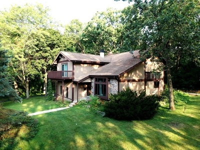 Marengo Single Family Home For Sale: 1205 Woodlane Drive