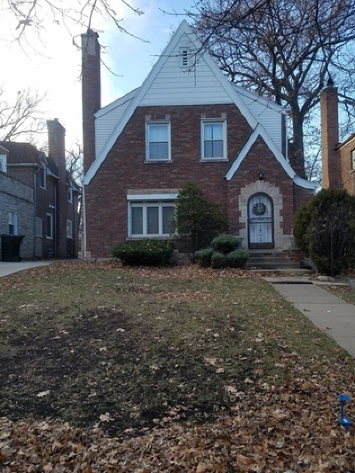 Chicago IL Single Family Home For Sale: $245,000