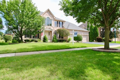 Naperville Single Family Home Re-Activated: 3327 Hollis Circle
