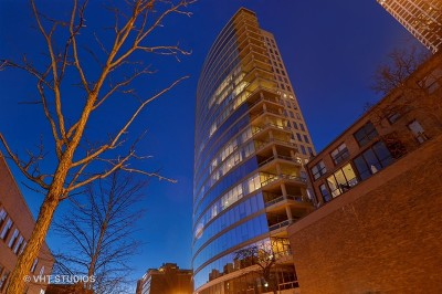 Chicago Condo/Townhouse New: 30 West Oak Street #9A