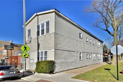 Chicago Multi Family Home For Sale: 3900 West Diversey Avenue