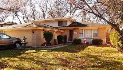 Dolton Single Family Home Price Change: 14826 Dobson Avenue