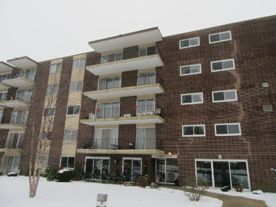 Condo/Townhouse Contingent: 5300 Walnut Avenue #7D