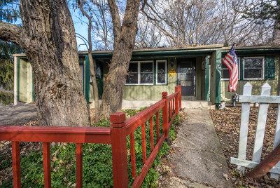 Carpentersville Single Family Home Contingent: 556 Wilmette Avenue