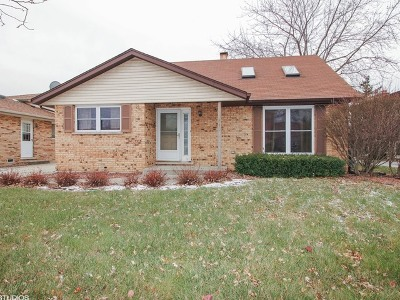 Alsip  Single Family Home For Sale: 12842 Orchard Lane
