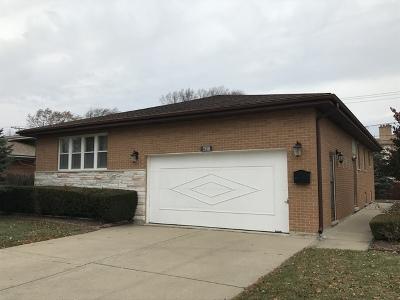 Niles Single Family Home For Sale: 7606 West Oakton Street