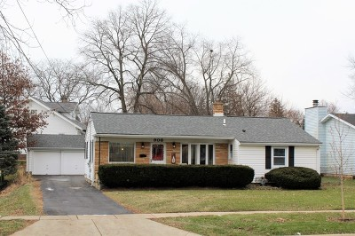McHenry IL Single Family Home New: $185,000