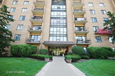Condo/Townhouse New: 1727 West Crystal Lane #710