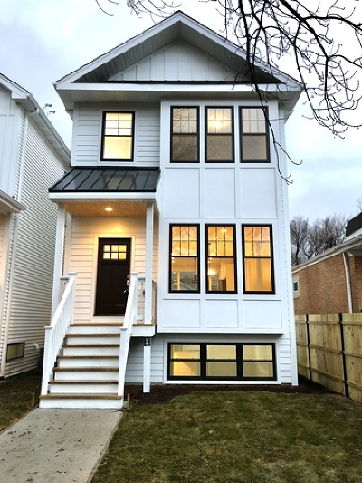 Chicago IL Single Family Home New: $579,000