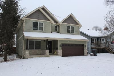 Villa Park Single Family Home Contingent: 227 South Princeton Avenue