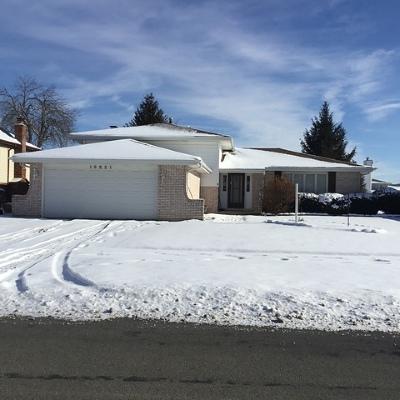 Lynwood  Single Family Home For Sale: 19621 Lake Park Drive