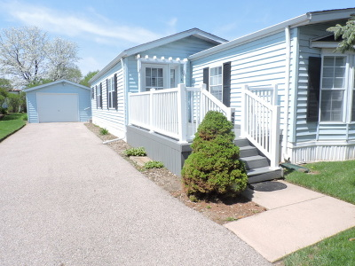 Marengo Single Family Home For Sale: 422 Pawnee Trail