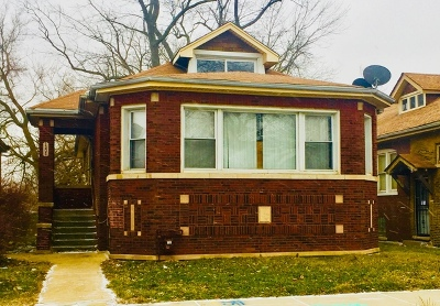 Chicago IL Single Family Home For Sale: $229,000