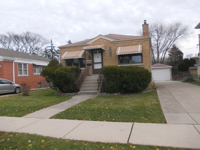Brookfield Single Family Home For Sale: 3029 South Prairie Avenue