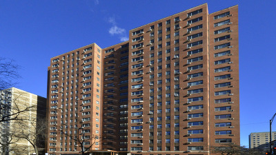 Chicago Condo/Townhouse For Sale: 2909 North Sheridan Road #1904