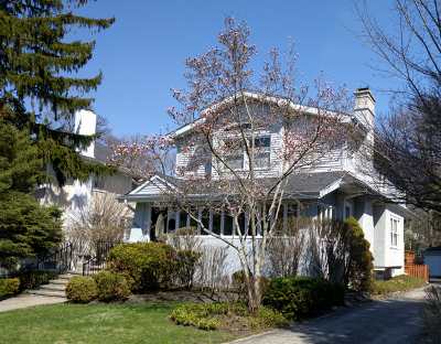 Winnetka Single Family Home Price Change: 429 Hawthorn Lane