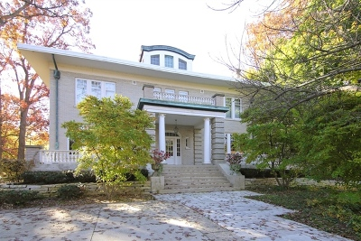 Highland Park Single Family Home For Sale: 440 Moraine Road