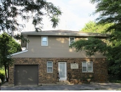 Marengo Single Family Home For Sale: 401 Park Drive