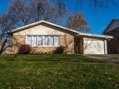 Alsip  Single Family Home For Sale: 3652 West 123rd Place