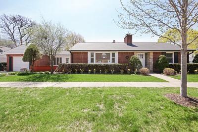 La Grange Single Family Home For Sale: 701 South Catherine Avenue