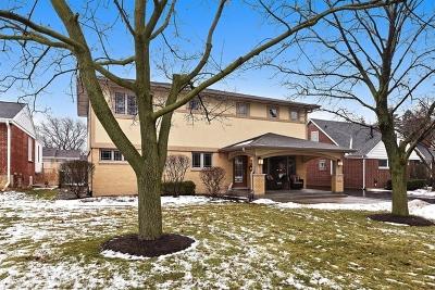 Elmhurst Single Family Home For Sale: 147 South Poplar Avenue
