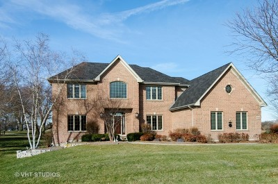 Lakewood Single Family Home For Sale: 9580 Player Court