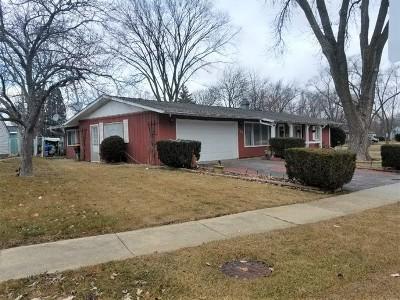 Streamwood Single Family Home New: 130 Edgewood Drive