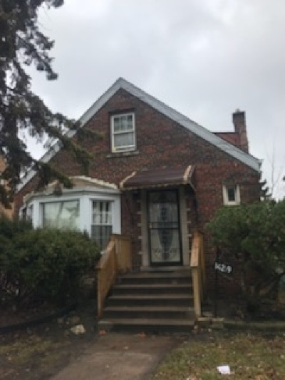 Riverdale Single Family Home Price Change: 14219 South Wabash Avenue