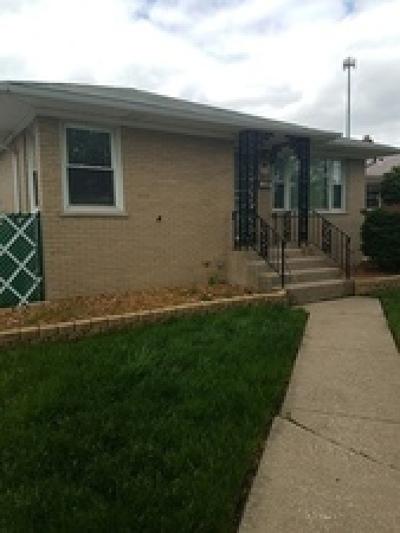 Calumet City Single Family Home Contingent: 1274 Mackinaw Avenue