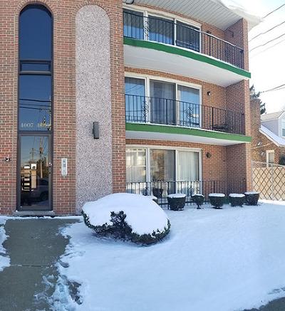 Oak Lawn Condo/Townhouse New: 4009 West 105th Street #3W