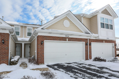 Yorkville IL Condo/Townhouse Price Change: $139,900