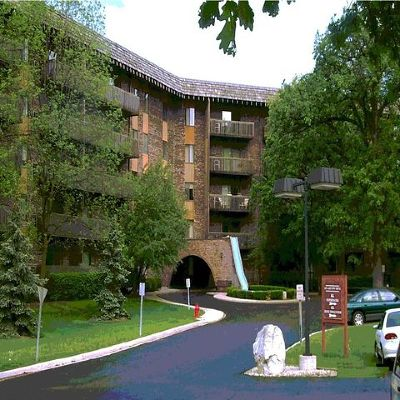 Bloomingdale Condo/Townhouse Price Change: 120 Lakeview Drive #507
