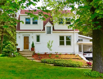 Prospect Heights Single Family Home For Sale: 703 North Elmhurst Road