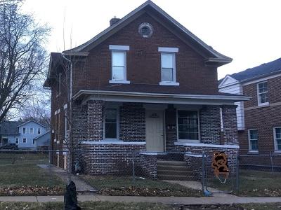 Aurora Single Family Home New: 752 Columbia Street