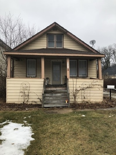 Deerfield Single Family Home For Sale: 954 Osterman Avenue